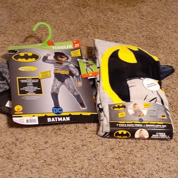 DC Batman Costume and Towel set Bundle